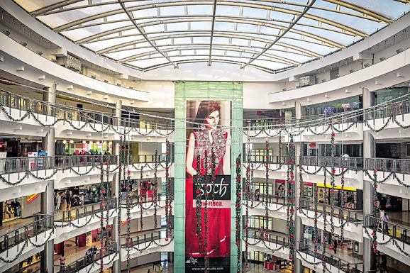 Forum-Vijaya-Mall-fan-grid