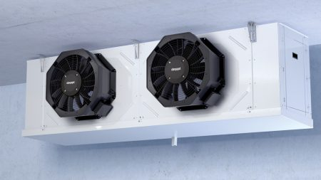 Figure 2: Axial fans in evaporators have a lot to contend with. The cold side of a cooling circuit is not exactly a technology-friendly working environment.