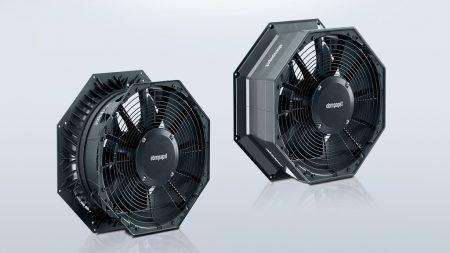 Figure 5: AxiCool fans as of size 500 are available in two different versions: as a standard version including guide vanes and a fitting guide for the heating tape (left) and as a high-end version with additional fan housing cover to reduce heat transfer to the cold store (right).